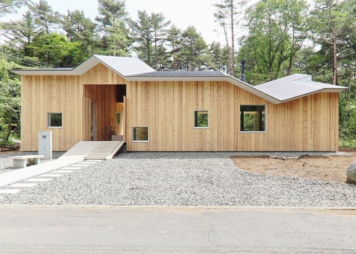 Mount Fuji House by Hiroki Tominaga Atelier