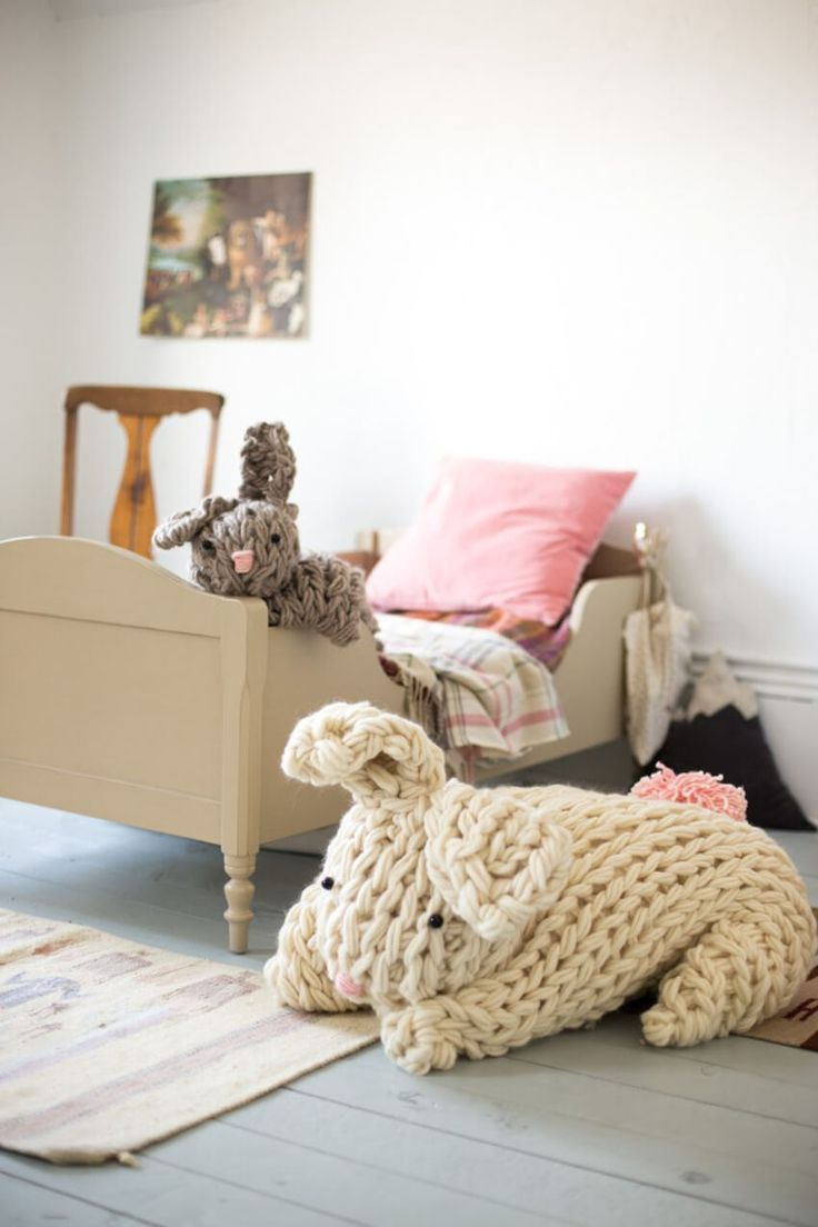 Frugal tips for organizing kids rooms thrifty nw mom fresh bedrooms - Knit An Infinity Scarf In Under 30 Minutes