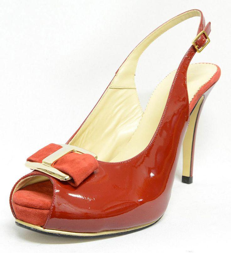 #sandale très #habillée et sexy sur son talon haut et semelle à patin.;du 42 au 45, #chaussure, #chaussurefemme , #grandetaille, #grandepointure, #femme, #mode  , #talonhaut, #talonaiguille, #gay, #travesti, #sexy