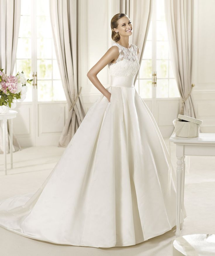 1000  ideas about Pronovias Wedding Dresses on Pinterest ...