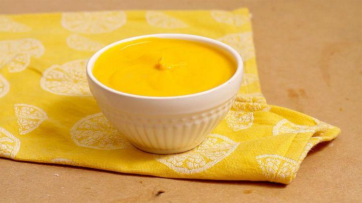 Deliciosa e prática receita de maionese de cenoura e o melhor é que não leva ovo.