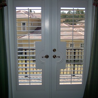 25 Best Ideas About Shutter Blinds On Pinterest White