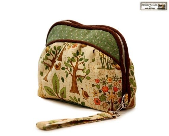 Zippered clutch sewing pattern makeup bag by NapkittenPattern