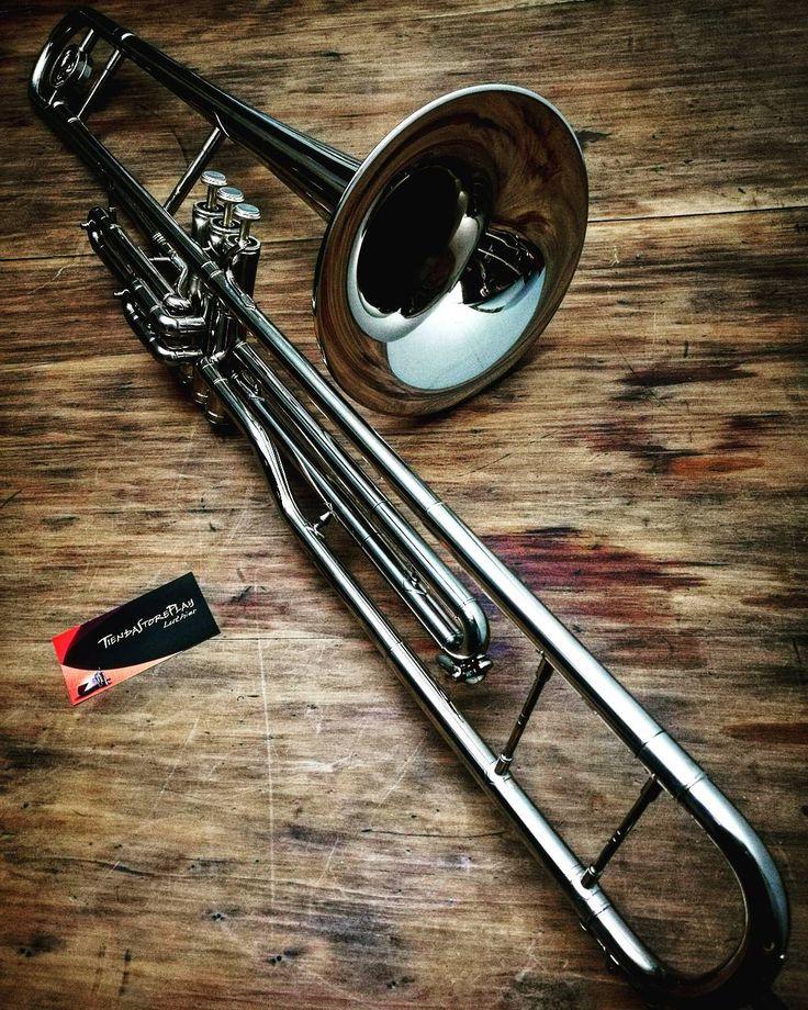 """88 Me gusta, 1 comentarios - Miguel Tiendastoreplay Luthier (@tiendastoreplay) en Instagram: """"Restauración completa de Trombón a válvula.  #renovate #renovar  www.instagram.com/TiendaStorePlay…"""""""