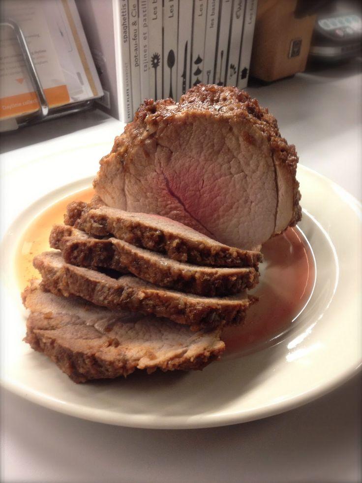 Ah, le rôti de porc! Ce morceau de viande que l'on a un peu oublié ces derniers temps alors qu'il est très intéressant, non seulemen...