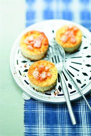 Larousse Cuisine - Petites crèmes façon cheesecake aux crevettes pimentées