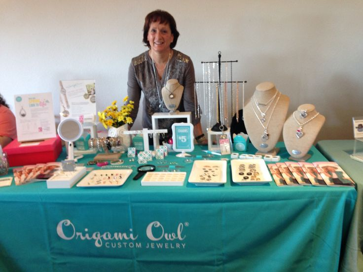 Yesterday I was a 4H Fundraising Event in Waupaca, WI.   Great event for a good cause.   cathylvan1.origamiowl.com  #origamiowl  #jewelrybar  #personalized jewelry