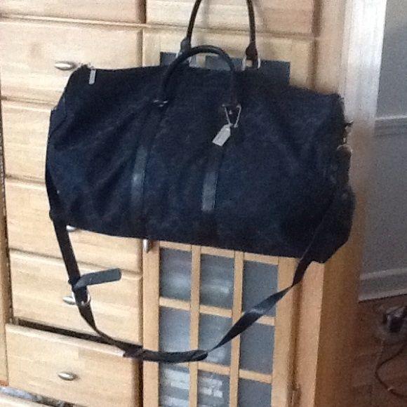 Coach travel bag Beautiful coach bag decent shape little worn in the edges. Coach Bags