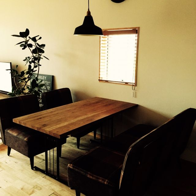 hinahoさんの、男前,ダイニングテーブル,バスサイン,カフェ風,ソファ,照明,観葉植物,リビング,のお部屋写真