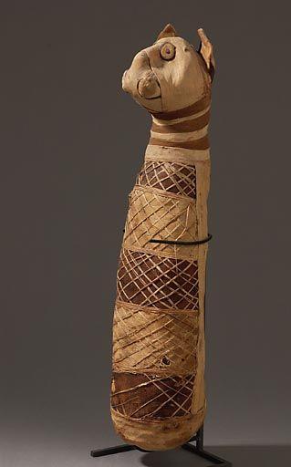 Momie de chat, Egypte / Mummy of a cat, Egypt. Musée du Louvre