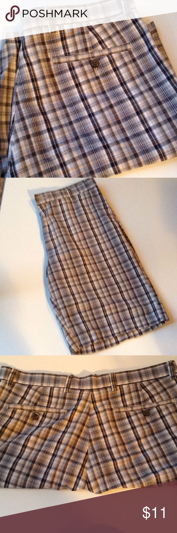 Nice Flat Front Men's Plaid Shorts Nice plaid flat front shorts , like new Shorts Flat Front