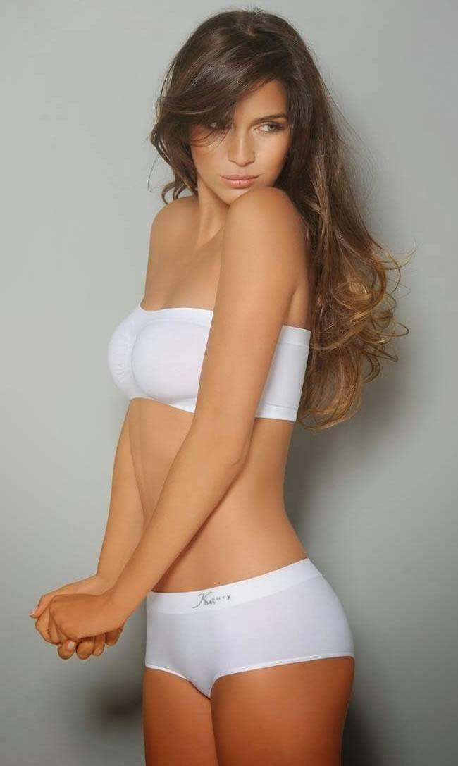 Want see zaira nara naked name Lauren