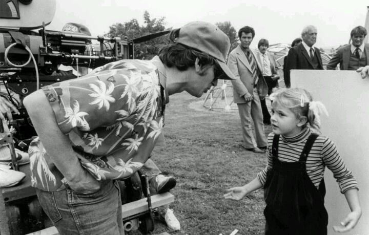 Steven Spielberg & Drew Barrimore en el set de E.T.
