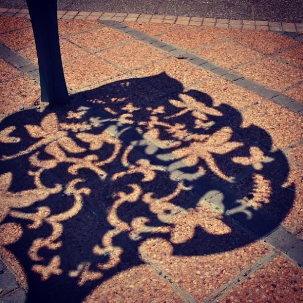 Appreciating the small things! We love Jozi. #johannesburg #art #shadow #sculpture #pattern #street