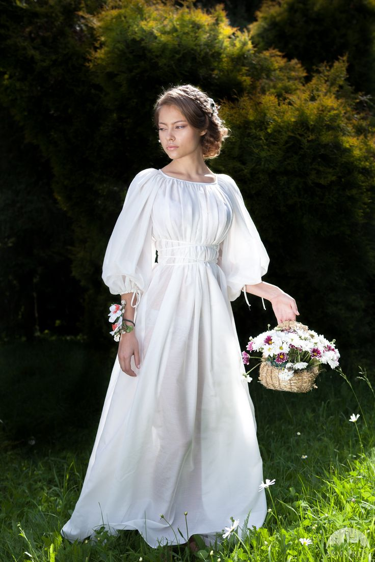 """Light Chemise """"Snow White""""; Medieval Underdress; Medieval Gown; Silk; Marquisette"""