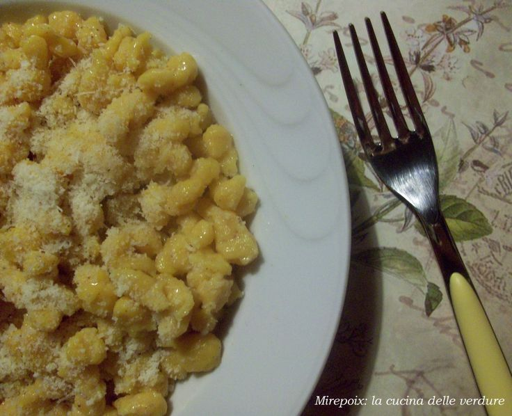 Spatzle di zucca, ricetta autunnale. | Mirepoix: la cucina delle verdure.