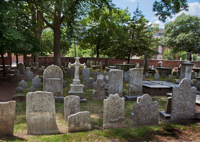 Haunted Philadelphia: Ben Franklin's Christ Church Cemetery (Photo by R. Kennedy for GPTMC)