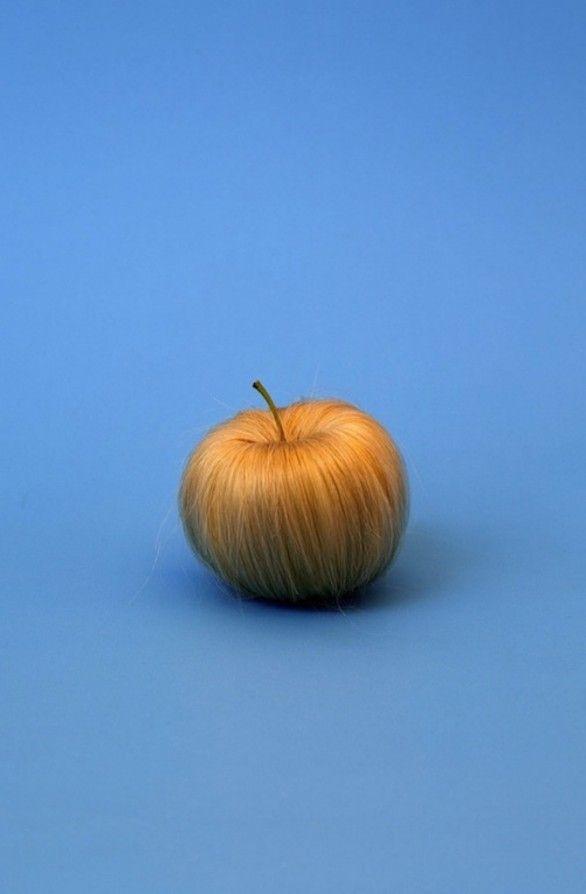 Strange fruits di Sarah Illenberger
