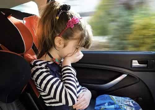 Укачивает в машине: причины симптомы и что делать