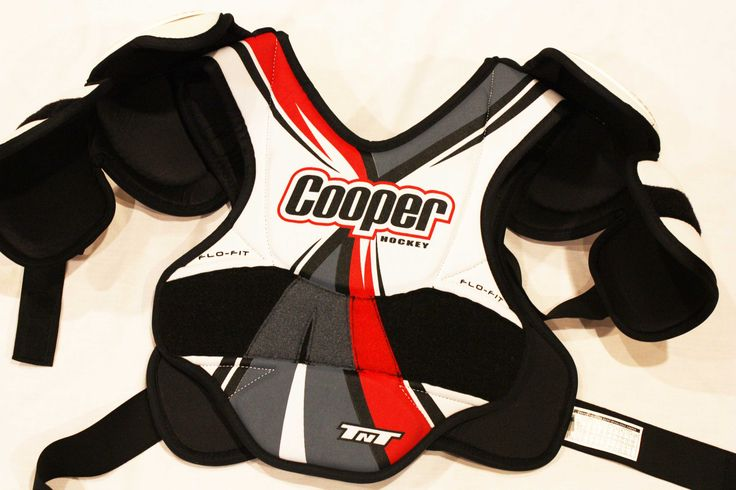 Hockey Shoulder Pads Cooper TNT Flow Fit Chest (Senior - Large) Pre-Owned Guard Pad