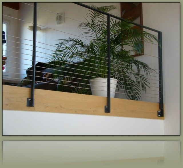 garde corps avec c bles inox resserr s en partie basse rambarde metal pinterest. Black Bedroom Furniture Sets. Home Design Ideas