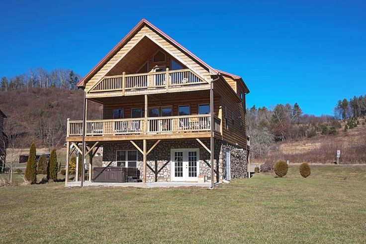 Best 25 cabins in boone nc ideas on pinterest cabin for Cheap cabin rentals in asheville nc