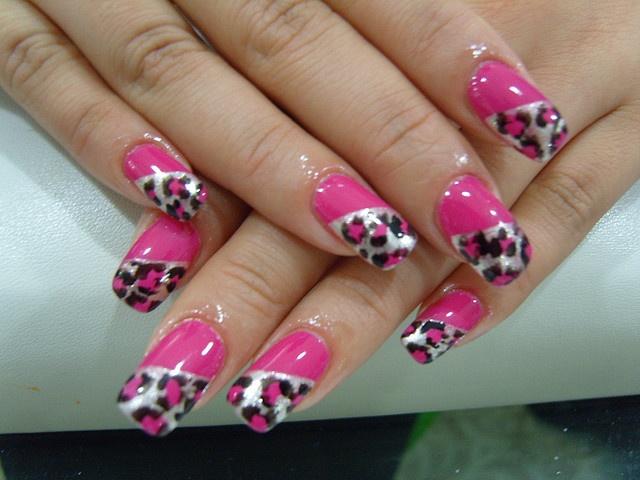 »(⁀v⁀)-»     `·. ℒøѵɛ ʈɧis!!            ༺•༒•༻  ~Cɧrisʈiƞɛ  pink nails