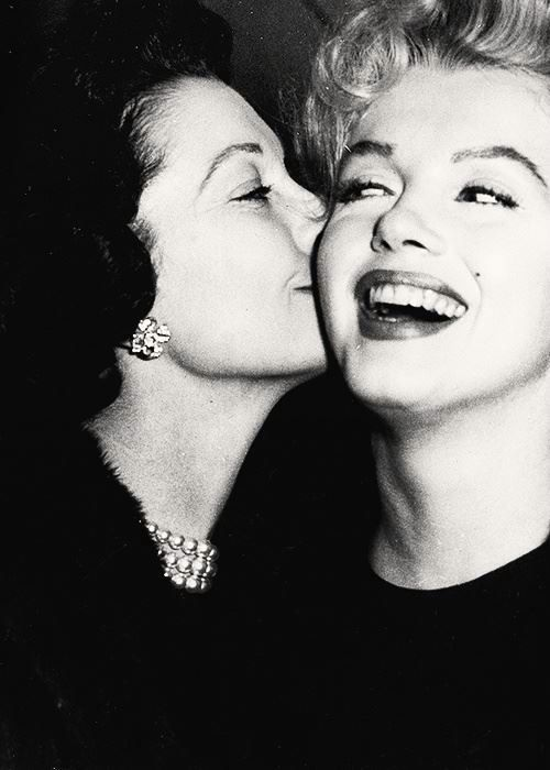 Vivien Leigh & Marilyn Monroe, 1956