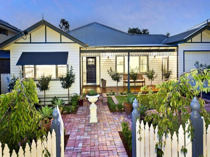 http://www.realestate.com.au/home-ideas/results-facades-weatherboard/list-1