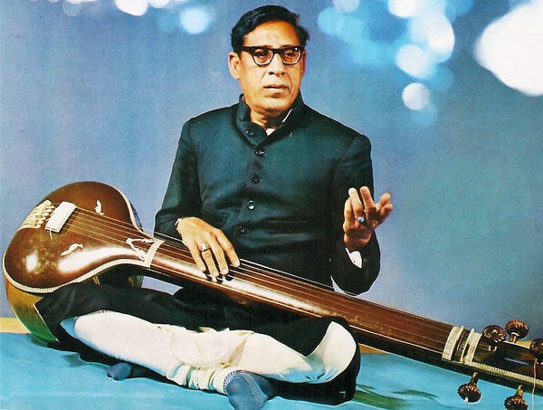 Ustad Amir Khan was a well-known Indian classical vocalist .He is considered one of the most influential figures in Hindustani classical music, and the founder of the Indore Gharana.[1] Sangeet Natak Akademi Award in 1967,Presidential Award in 1971 ,Padma Bhushan in 1971 ,Swar Vilas from Sur Singar Sansad in 1971.