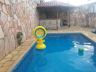 casa no centro com piscina sinuca pacote  natal ano novo a casa ja esta alugadoImóvel para temporada em Caldas Novas da @homeaway! #vacation #rental #travel #homeaway