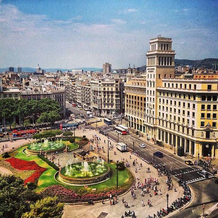 Plaça de Catalunya - La Dreta de l'Eixample - Barcelona, Cataluña