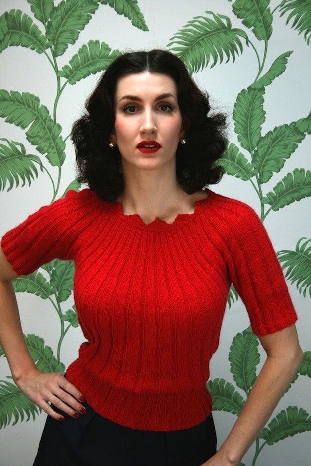 Vintage design: Sun Ray Ribbing Sweater in Susan Crawford Excelana 4 Ply