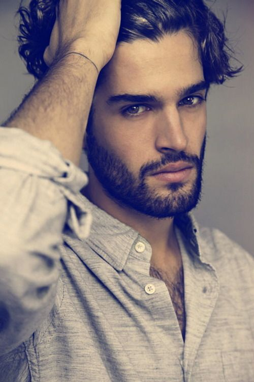Thibault Théodore. Parting the hair works well on the photo shoot for models. Inspirations for Monica Hahn Photography
