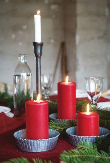 Velas rojas para decorar la mesa en Navidad | affari.nu
