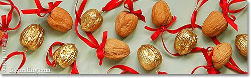 homemade Christmas tree decorations: easy to make Christmas ornaments - gilded walnuts
