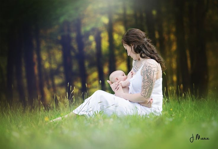 nursing / breastfeeding / normalize breastfeeding / breastfeeding photography pose / newborn photography pose / newborn / outdoor photography / mother child pose / nursing photography / waterfall / west virginia https://www.facebook.com/JMariePhotography88