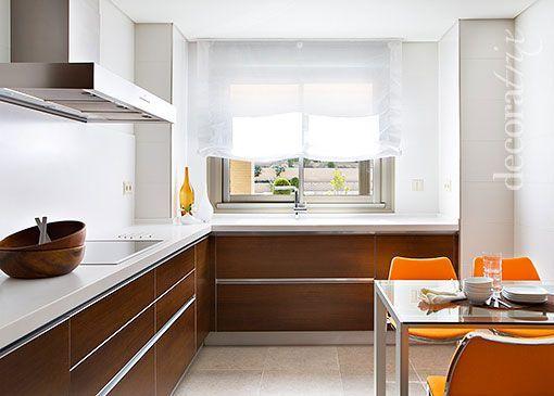 Madera y cubierta blanca dise o cocinas kitchen pinterest - Cocina blanca encimera madera ...