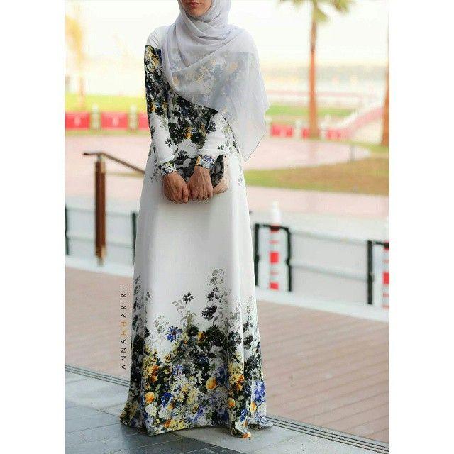 Dara dress on www.annahariri.com  #hijabfashion #chichijab #heretwoinspire