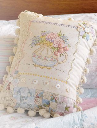 Shabby Chic Pillow Ideas : 1400 best images about Vintage Stitching on Pinterest Hand embroidery, Hand embroidery designs ...