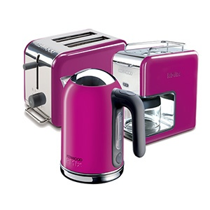 #kitchen #coffe #kahve makinesi #ekmek kızartma #toaster #kettle #colorful #renkli #pink #pembe