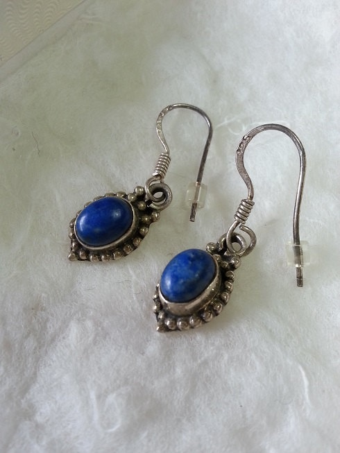 Lapis Lazuli Sterling Silver Dangle Earrings by WithLoveDivine, $24.00 jewellery jewelry blue egypt intricate beautiful classic simple minimalist fashion https://www.etsy.com/listing/152650578/lapis-lazuli-sterling-silver-dangle