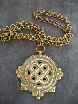 Charlott's Antique Vintage Jewelry - Pendent & Crosses Bronze (Powered by CubeCart) Product Information Bronze pendent from Kalevala Koru,Finland. Made in the 30-40´s.The original is from the time of the Vikings found in Laitilan Kansakoulumäestä, Finland.