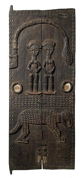 Baule, Costa de Marfil - El grupo étnico baoulé o baule es uno de los mayores de Costa de Marfil, con 2,130,000 miembros. Forma parte del pueblo akan.