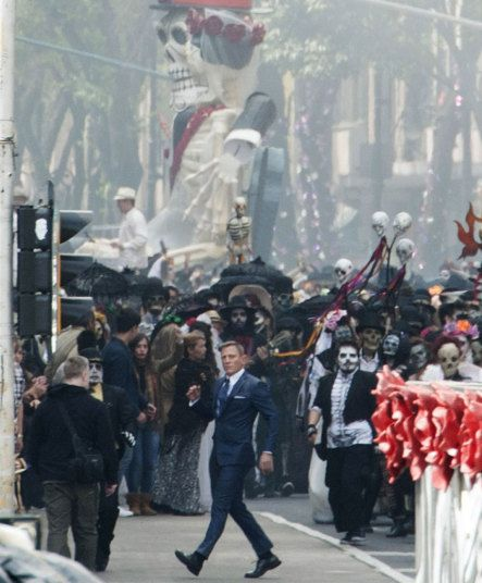 Daniel Craig on the set of the latest James Bond movie SPECTRE in Mexico City
