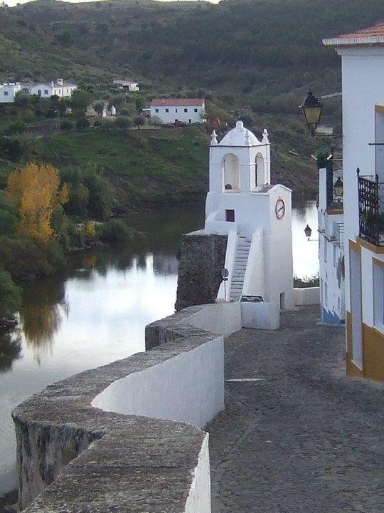 Mertola, Alentejo, Portugal                                                                                                                                                                                 Mais