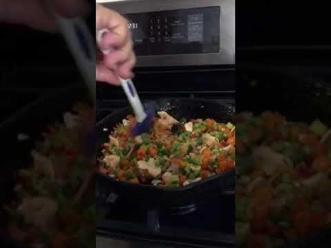 Ensalada de quinoa con tu any vegetales