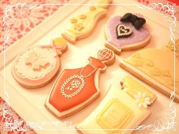 Order cookie CHANEL♡の画像 | Y&C sweets company