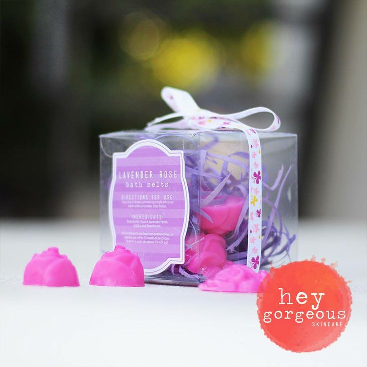 Turn bath time into an occasion with these wonderfully fragrant bath melts. Select this handmade melt as a complementary enhancement to your special romantic evening. Moisturises the skin beautifully, smells amazing and nothing short of fabulous