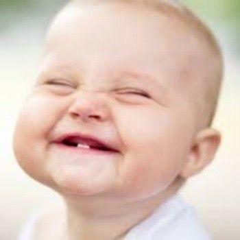 Foto divertenti di bambini neonati